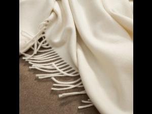 Cashmere blanket with fringe
